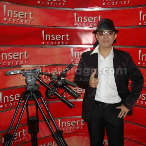 Rudy Visual - Professional Street and Stage Magician - Wedding, Birthday, Gathering, Events -  Jakarta Barat