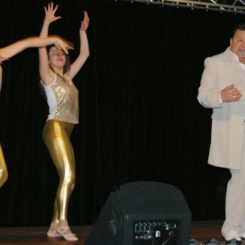 Dany moon presente Spectacle Cabaret et Music Hall