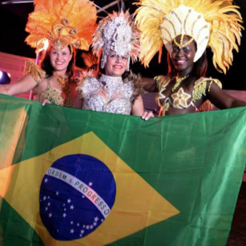 Danseuses BRÉSILIENNES SAMBA BUMBA EVENTOS  (Avec Keila LEITE)  100% Brasil - Lyon - Rhône-Auvergne