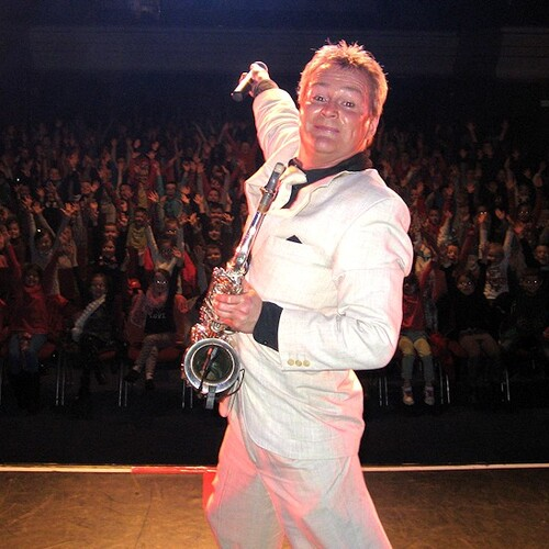 ERIC DULLE - SAXOPHONISTE - SPECTACLES - NORD/FRANCE/INTERNATIONAL