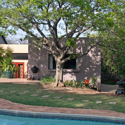Moonflower self catering cottages - Johannesburg