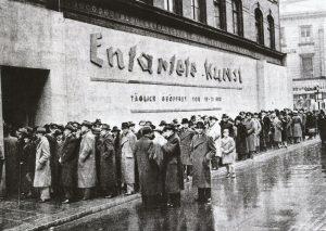 Degenerate-Art-exhibition-1937b