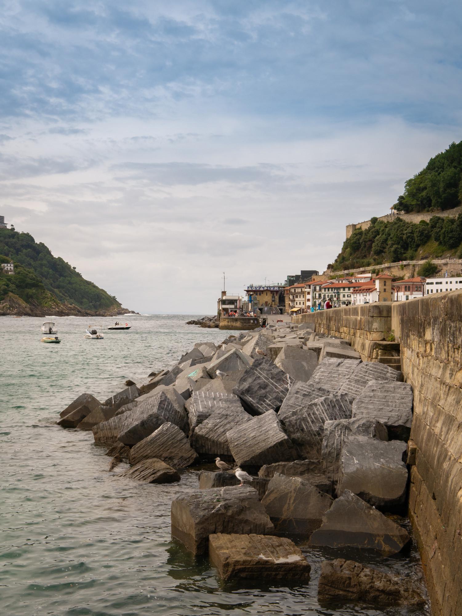 Entre du port de San Sebastin (Donostia en basque), Espagne - Pays Basque, France & Espagne