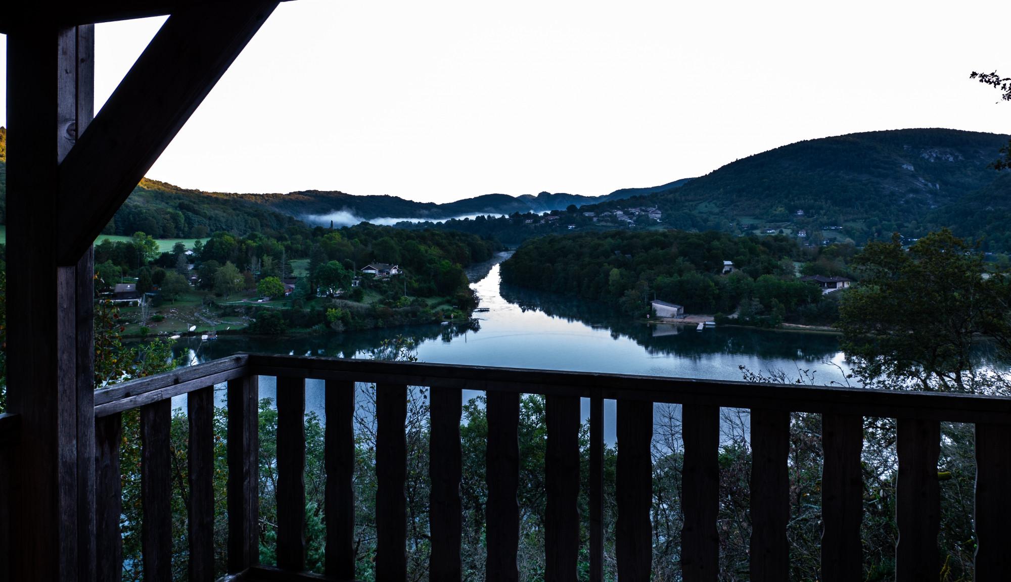 Serrires-sur-Ain au lever du soleil - Weekend dans l'Ain