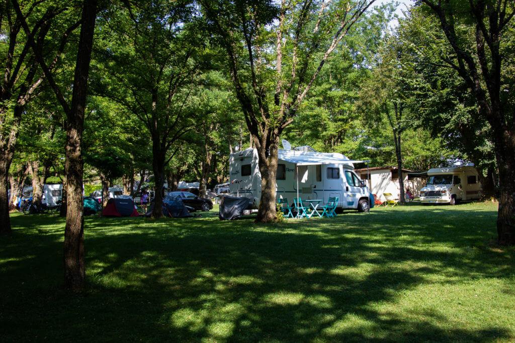 Présentation camping avec emplacement