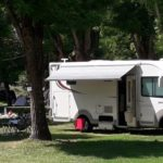 Camping car au camping Bellerive