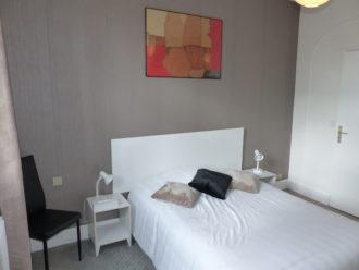 reservation nouvelle chambre labastide à Brax