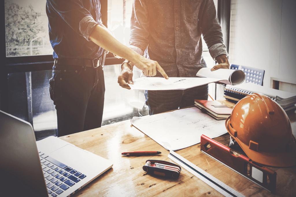Définir les solutions techniques correspondant à la stratégie de sécurité et de sûreté de l'entreprise.