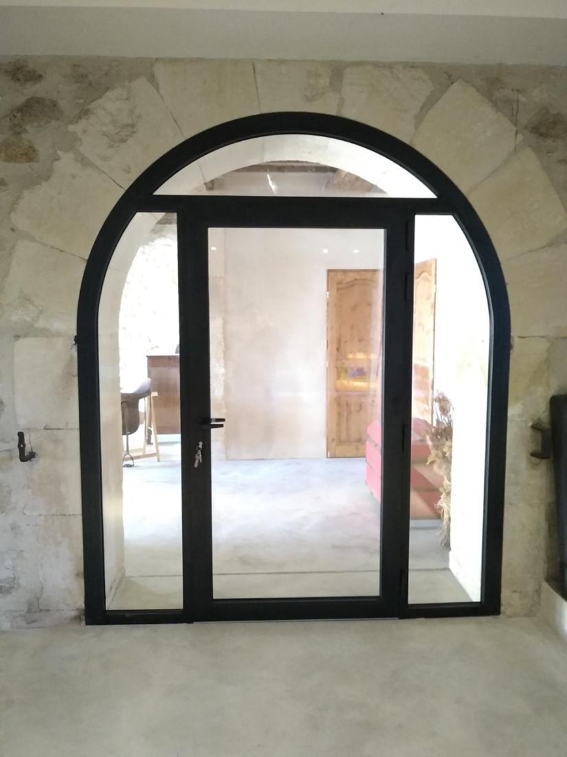 Portes à Le Grau du Roi près de la Grande Motte